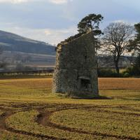 Kirkforthar doocot, Fife